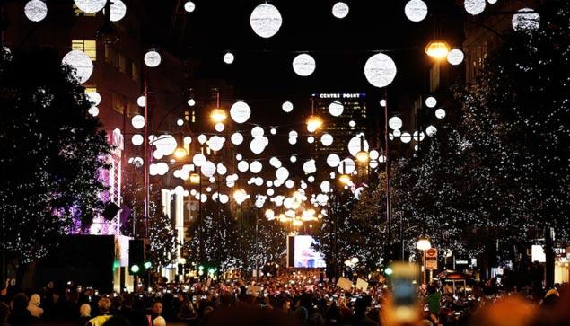 Illuminazione Natale Londra : Oxford Street Christmas Lights 2013 ...